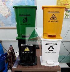 thùng rác đạp chân 15 lít