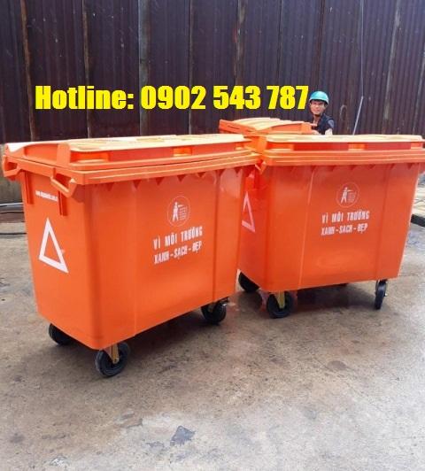 Thùng rác 660L HDPE màu cam