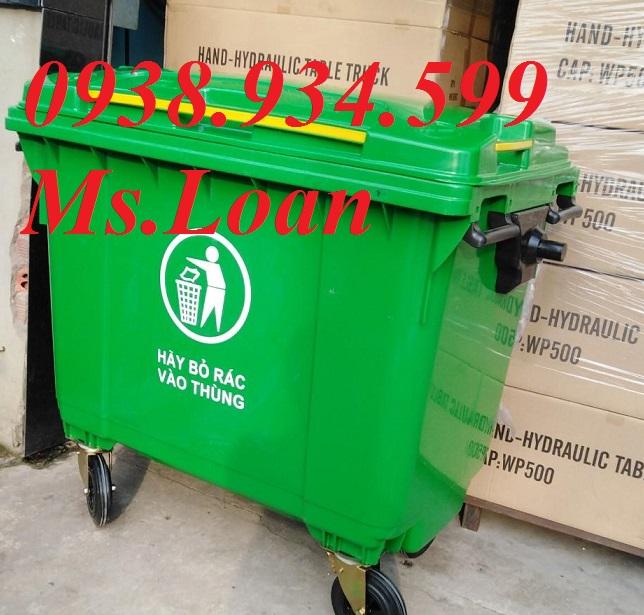 Xe đẩy rác 660 lít HPDE màu xanh