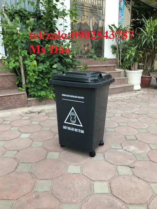 Thùng đựngthải rác y tế
