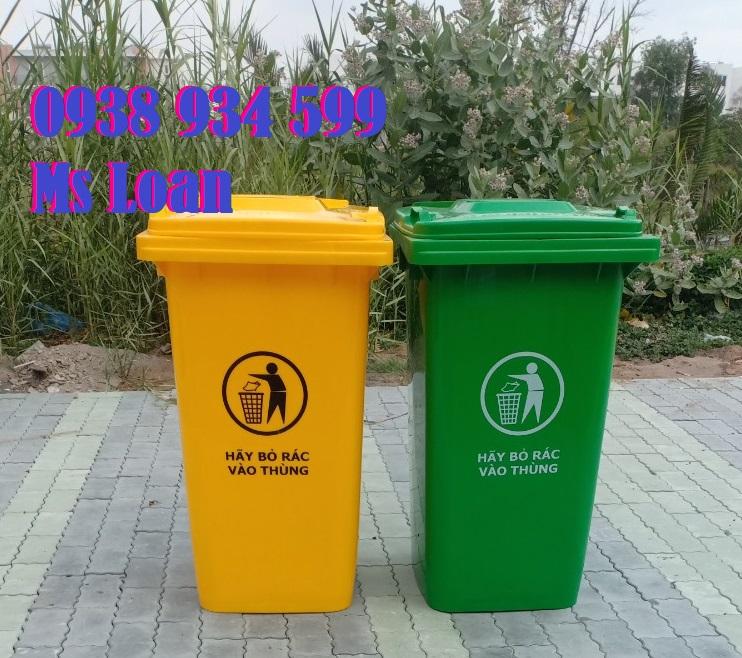 Thùng rác nhựa 240 lít  giá rẻ, chất lượng.