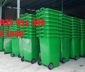 Thùng đựng rác nhựa công cộng